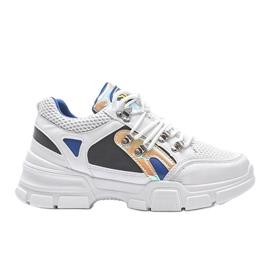 Białe sneakersy sportowe Karla 4