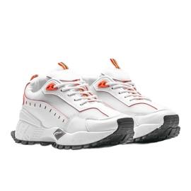 Białe sneakersy sportowe Ericka 1