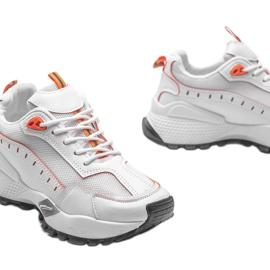 Białe sneakersy sportowe Ericka 3