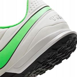 Buty piłkarskie Nike Tiempo Legend 8 Academy Tf AT6100 030 białe białe 7