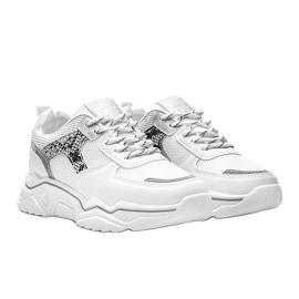 Białe sneakersy na grubej podeszwie z motywem skóry węża Anika 2