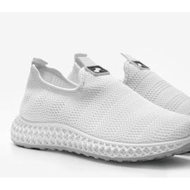 Białe obuwie sportowe wsuwane Katy 2