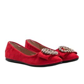 Czerwone balerinki z klamrą Ciara 1