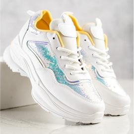 SHELOVET Sneakersy Z Cekinami białe 2