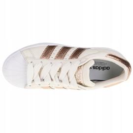 Buty adidas Superstar W CG6449 białe 2