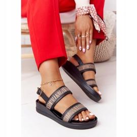 Skórzane Sandały Na Koturnie Laura Messi 2232 Czarne beżowy 1