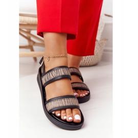 Skórzane Sandały Na Koturnie Laura Messi 2232 Czarne beżowy 6