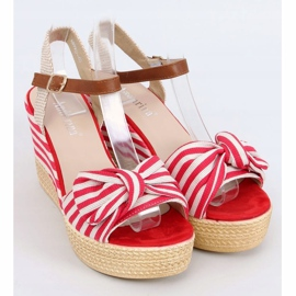 Sandałki na koturnie w paski czerwone A89907 Red beżowy brązowe 1