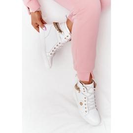 Skórzane Sneakersy Na Koturnie Lewski Shoes 3004-0 Białe 7