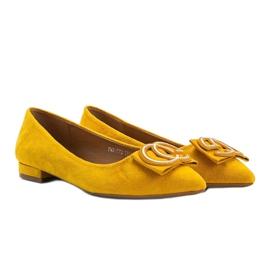 Musztardowe balerinki na płaskim obcasie Lisbeth żółte 1