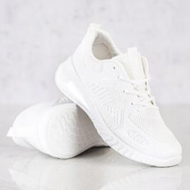 SHELOVET Ażurowe Buty Sportowe białe 1