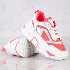 SHELOVET Sneakersy Na Platformie Z Siateczką białe czerwone 1