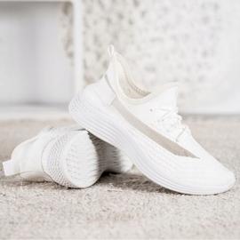 Tekstylne Buty MCKEYLOR białe 3