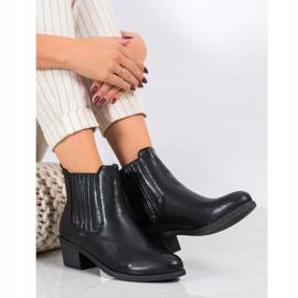 Ideal Shoes Klasyczne Wsuwane Botki czarne 2