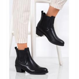 Ideal Shoes Klasyczne Wsuwane Botki czarne 1