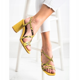 Kylie Sandały Na Słupku Snake Print żółte 2