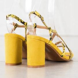 Kylie Sandały Na Słupku Snake Print żółte 1