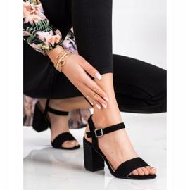 Sandałki Z Plecionym Obcasem VINCEZA czarne 2