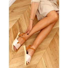 Sandałki damskie różowe PT-2R26 Champagne brązowe 2