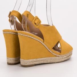 Anesia Paris Zamszowe Sandałki Na Koturnie żółte 1