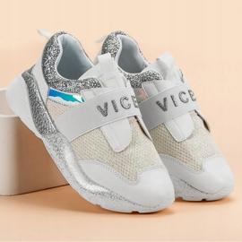 Wsuwane Buty Sportowe VICES białe 4