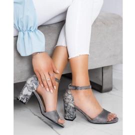 Sandały na słupku Sergio Leone zwierzęce SK873 szare 2
