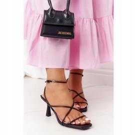 Sandały Na Szpilce Z Kwadratowym Noskiem S.Barski C420-11 Czarne 1