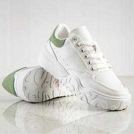 Small Swan Białe Sneakersy Z Eko Skóry 1