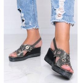 Szare sandały na koturnie metaliczne Mon 1
