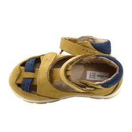 Sandałki chłopięce rzepy Mazurek 1187 c.żółty granatowe żółte 4
