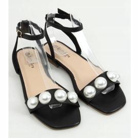 Sandałki damskie z perłami czarne H19 Black 1