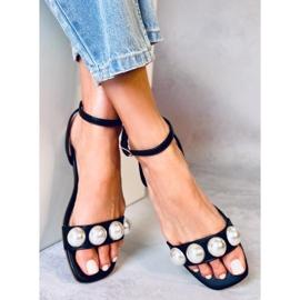 Sandałki damskie z perłami czarne H19 Black 2