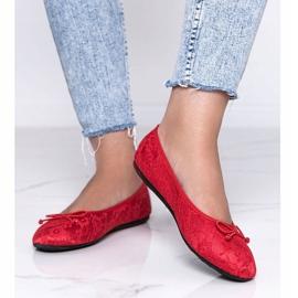 Czerwone balerinki koronkowe Alessandra 1