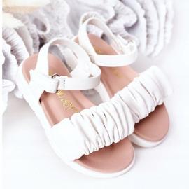 FR1 Dziecięce Sandały Na Rzep Białe Aimy 2