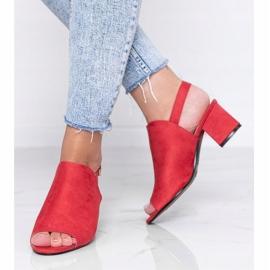 Czerwone sandały na słupku z cholewką Blubbery 1