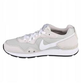 Buty Nike Venture Runner W CK2948-002 białe szare 1