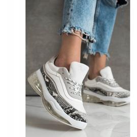 SHELOVET Sneakersy Na Przezroczystej Platformie białe wielokolorowe 3