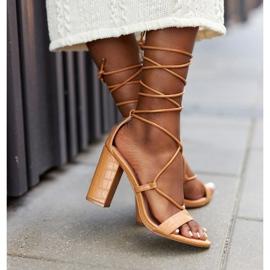 PS1 Wiązane Sandały Na Słupku Camel Catwalk brązowe 3