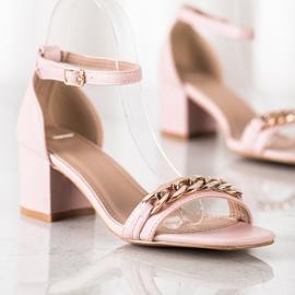 SHELOVET Sandały Z Ozdobnym Łańcuchem różowe 2
