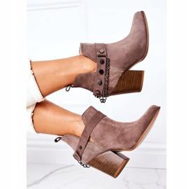 Welurowe Botki Na Słupku Lewski Shoes 2880 Brązowe 1