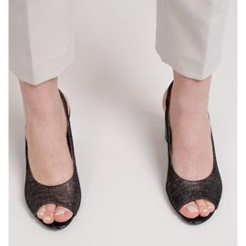 Marco Shoes Czarne sandały Marco z metalicznym wzorem 3