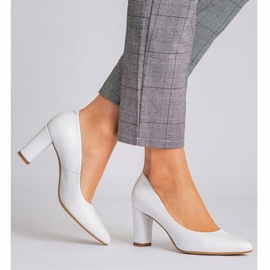 Marco Shoes Czółenka białe klasyczne ze skóry 1