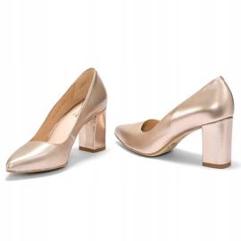 Marco Shoes Platynowe czółenka 1066P z ciekawym obcasem złoty 1