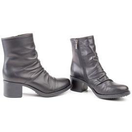 Marco Shoes Wygodne botki z czarnej skóry z marszczeniem 3