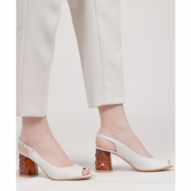 Marco Shoes Skórzane sandały białe z obcasem 3D 1517P 1