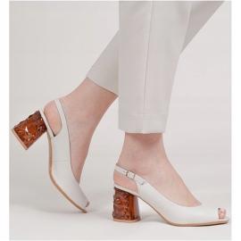 Marco Shoes Skórzane sandały białe z obcasem 3D 1517P 2