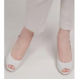 Marco Shoes Skórzane sandały białe z obcasem 3D 1517P 4