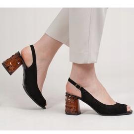 Marco Shoes Zamszowe sandały czarne z bursztynowym obcasem 3D 2