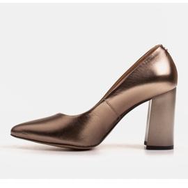 Marco Shoes Brązowe czółenka damskie z naturalnej skóry metalicznej 3