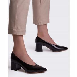 Marco Shoes Eleganckie czarne czółenka damskie z lakieru 2